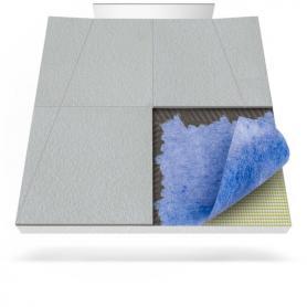 Plato de ducha con membrana impermeabilizante para desagüe en pared
