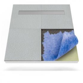 Plato de ducha con membrana impermeabilizante y desagüe lineal
