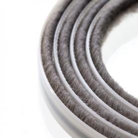 Junta de cepillos 4 mm gris