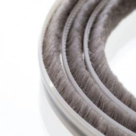 Junta de cepillos 5-6 mm gris